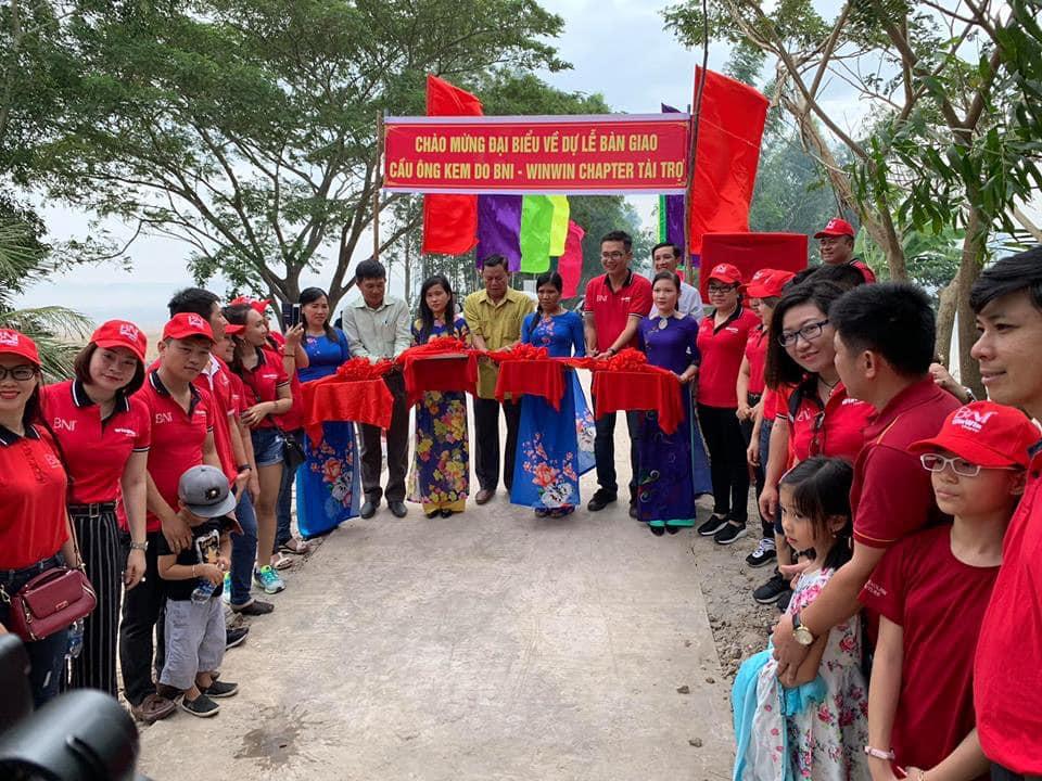 Khánh thành cầu từ thiện tại Sóc Trăng do BNI Win Win Chapter tài trợ.